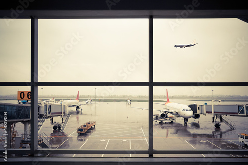 airport outside the window scene - 43819004