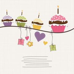 Cupcakes, Geschenke und Herzen