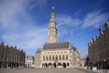 Arras le beffroi et la Grand place