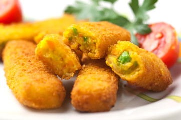 Bastoncini di verdure fritti - Fried vegetable sticks