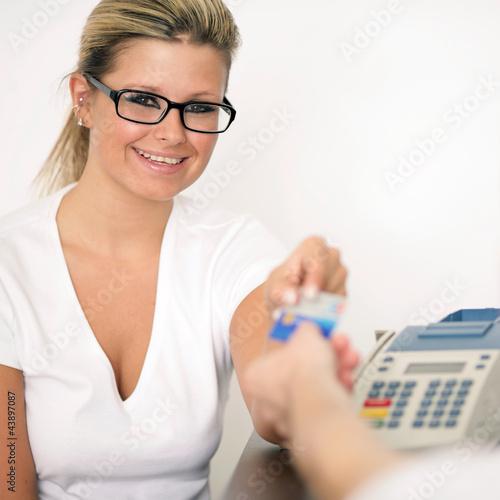 bargeldlos zahlen