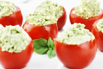Pesto and Avocado Stuffed Tomatoes