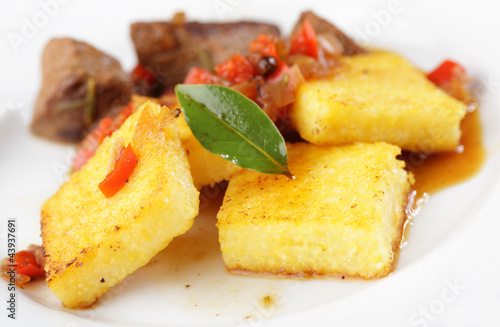 Polenta with meat