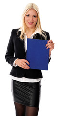 Junge blonde Frau mit Bewerbungsmappe