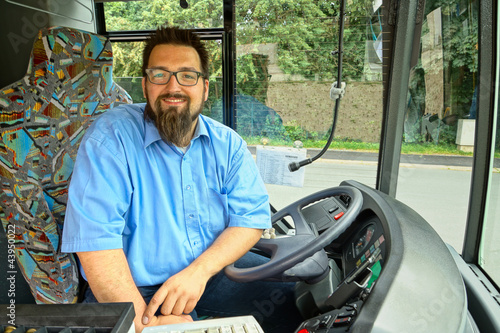 Leinwanddruck Bild Laughing Bus Driver