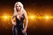 attraktive junge blonde Frau vor Lichterhintergrund