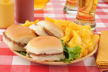 Sliders and beer with fries
