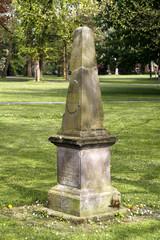 Kranichdenkmal im Abteigarten Lemgo