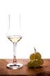 Italienischer Grappa und Weintrauben