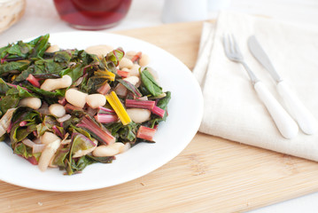 Green salad with chard and cannellini beans