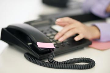 Hand am Telefon
