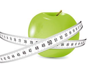 frischer Apfel mit Maßband