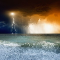 Lightning in sky, sea