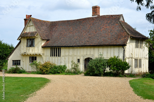 Large Tudor farmhouse at Flatford