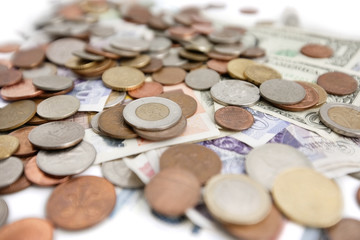 Selective focus of currencies