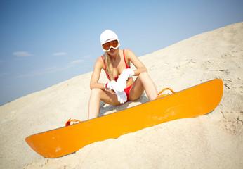 Bikini boarding