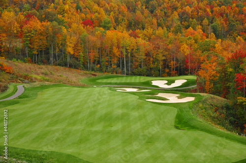 Papiers peints Golf Autumn Mountain Golf Course