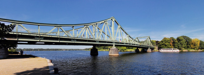 Glienicker Brücke Panorama