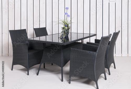 Leinwanddruck Bild Rattan Gartenmöbel 4 Stühle 1 Tisch in anthrazit mit Topfpflan