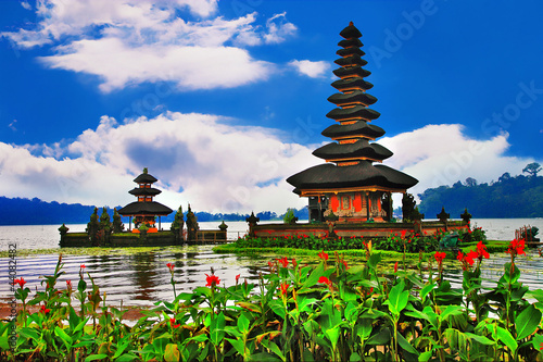 canvas print picture Pura Ulun Danu Bratan Temple, Bali, Indonesia