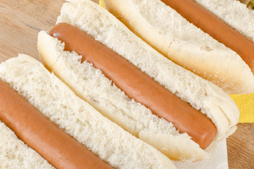 Simple Plain Hot Dogs