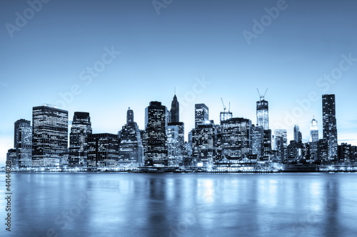 New York Skyline monochromatique.