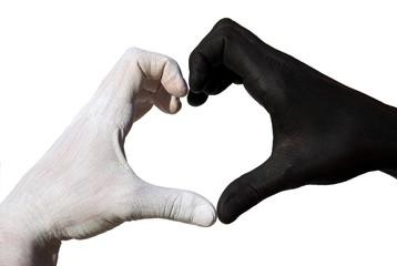 Herz aus schwarz-weißen Haenden