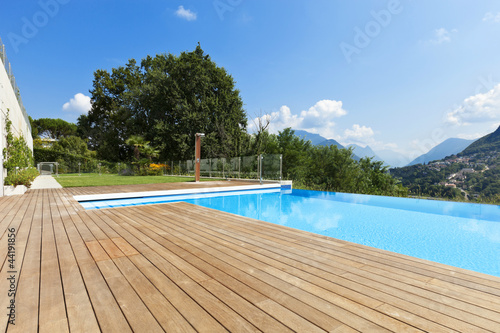 swimming pool - 44191856