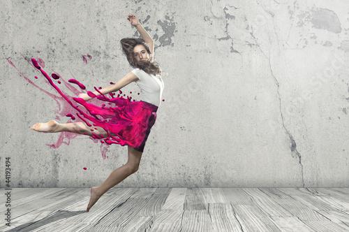 Płynna tancerka