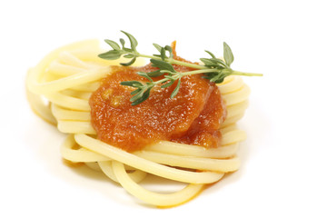 spaghettis à la sauce tomate