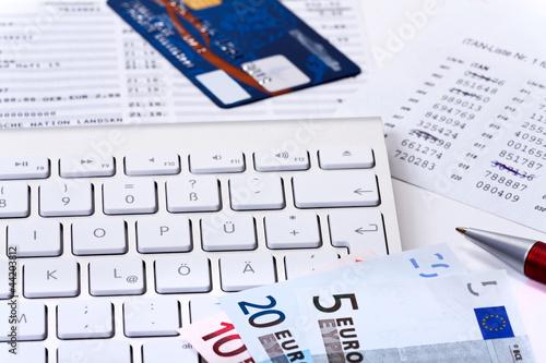 Bankgeschäfte - Finanzen - Überweisungen