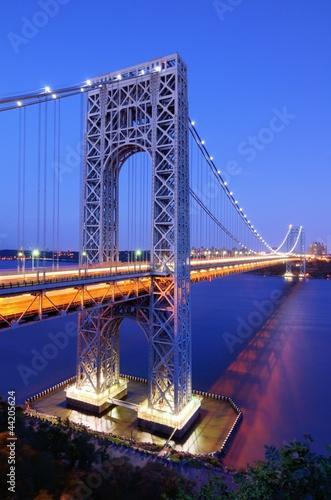 george-washington-bridge-w-nowym-jorku