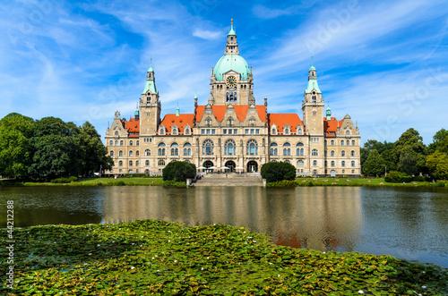Leinwanddruck Bild Rathaus Hannover im Sommer