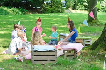 Kindergeburtstag im Park