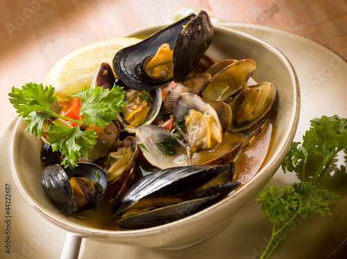 mussel and clam soup