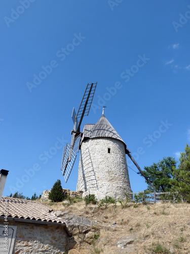 le moulin de Cucugnan-2