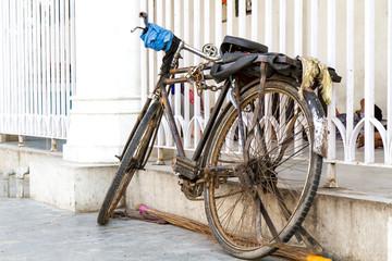Altes Fahrrad in Delhi, Indien
