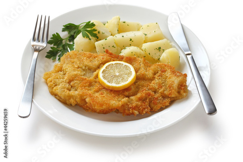wiener schnitzel, veal cutlet, austrian cuisine