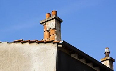 cheminée abimée, travaux de rénovation à prévoir
