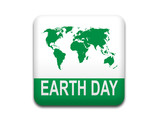 Boton cuadrado blanco EARTH DAY poster