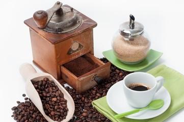 Espresso coffee with coffee mill _ Caffè espresso con macinino