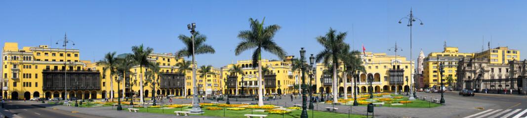 Panorama der Plaza de Armas in LIma