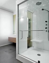 box doccia in vetro in bagno moderno