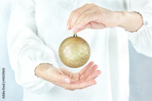 Christmas decoration czyli złota bombka