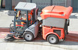 Kompakt-Strassenkehrmaschine