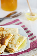 Pancakes with honey