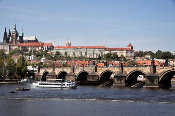 Prag, Karlsbrücke und Prager Burg Hradschin