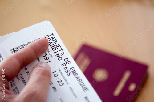 Reisepass mit Flugticket II