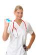 Blonde Ärztin mit Gesundheitskarte