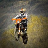 moto da cross in volo